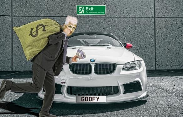 GOOFY-ESCAPES